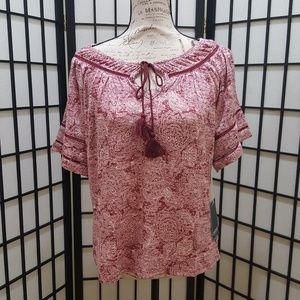 New! Cherokee Peasant Top Medium